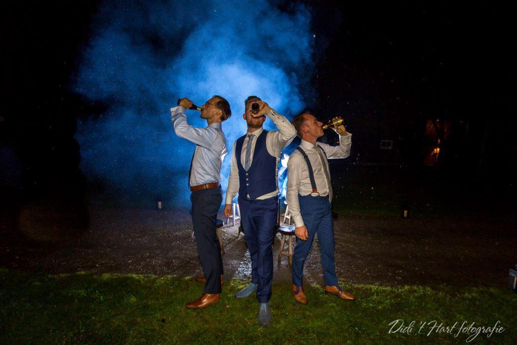 Bruiloft trouwfotograaf bruidsfotograaf Didi t Hart fotografie Rotterdam trouwen wedding 2018 barbershop Ulvenhout industrieel bruiloft foto's pictures Dordrecht Alblasserdam