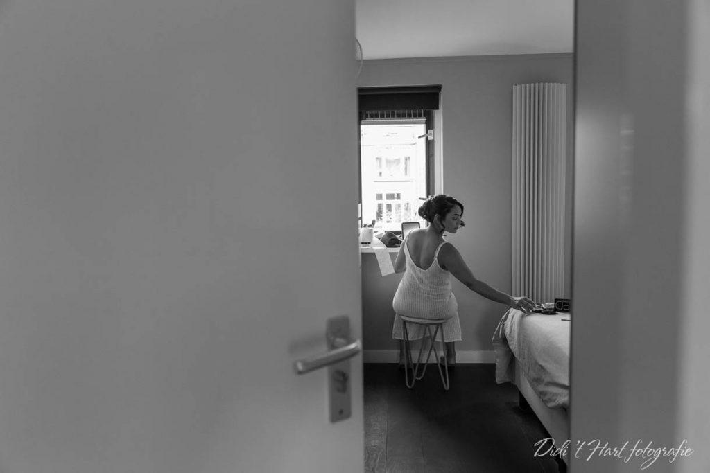 Bruidsfotograaf bruidsfotograaf didi t hart fotografie trouwen 2018 2019 2020 Kralingse bos Kralingse plas Rotterdam centraal station CS Molen water trouwfotograaf Trouwfotograaf second shooter Ridderkerk Barendrecht Rhoon Zwijndrecht Hendrik Ido Ambacht Dordrecht