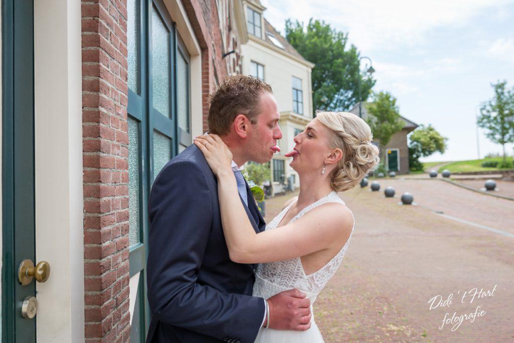 Bruiloft trouwen trouwfotograaf didi t hart moerkapelle kever pech lego bruidsfotograaf